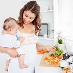 Рацион мамы важен и для ребенка