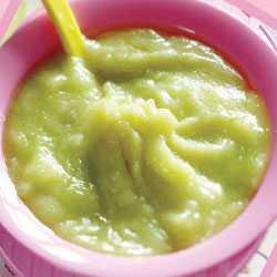 Пюре из брокколи для прикорма малыша в 5 месяцев