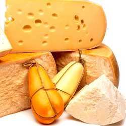 Во время кормления грудью не все виды сыра разрешены
