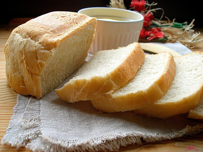 Белый хлеб нужно употреблять с осторожностью