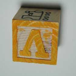 Игровые кубики помогут с освоением новых букв