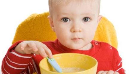 Введение первого прикорма для ребенка на искусственном вскармливании