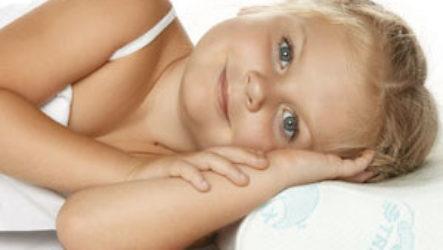 Когда ребенку можно будет спать на подушке