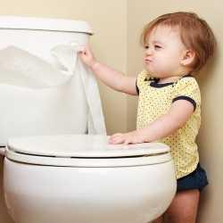 Высаживание влияет на приучение к туалету