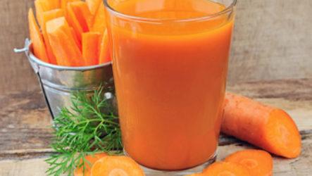 Польза морковного сока для грудничка и правила употребления