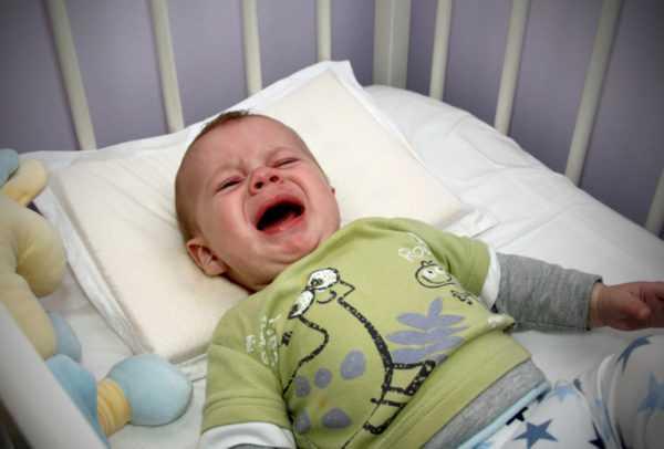 Дискомфорт и неправильное питание мешают ночному сну ребенка