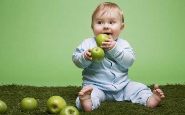 Ребенку подойдет яблоко в виде пюре