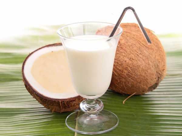 Кокосовое молоко полезно, но калорийно