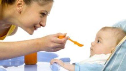 С какого возраста и в каких порциях ребенку можно давать мед