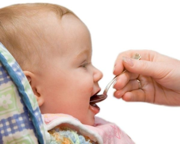 Мед годовалому малышу можно давать только в исключительных случаях