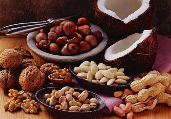 Необходимо соблюдать норму потребления орехов