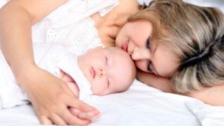 Совместный сон мамы и ребенка: все «за» и «против»