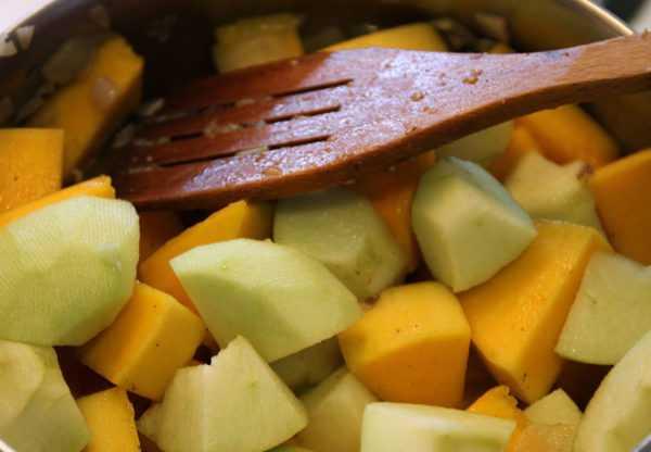 Тыквенное пюре с яблоком